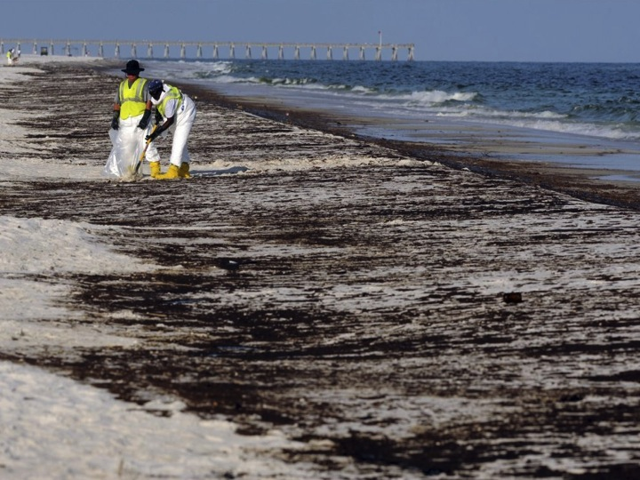research papers on oil spills